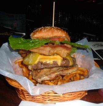keeleys-full-burger-2-compressed.jpg