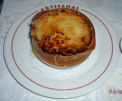 onion-soup-with-plate.jpg